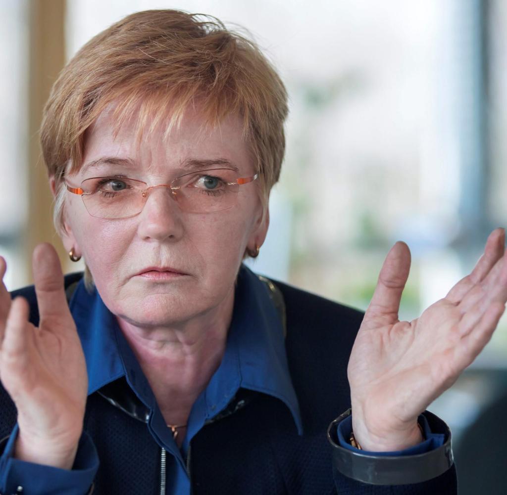 Gabi-Zimmer-Abgeordnete-Europaparlament