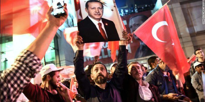 170416135714-09-turkey-referendum-0416-exlarge-169